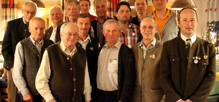 Die bei der Jahreshauptversammlung geehrten langjährigen Mitglieder