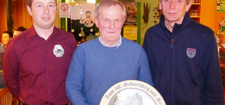 Christian Steinberger gewinnt die Geburtstagscheibe von Siegfried Hilger
